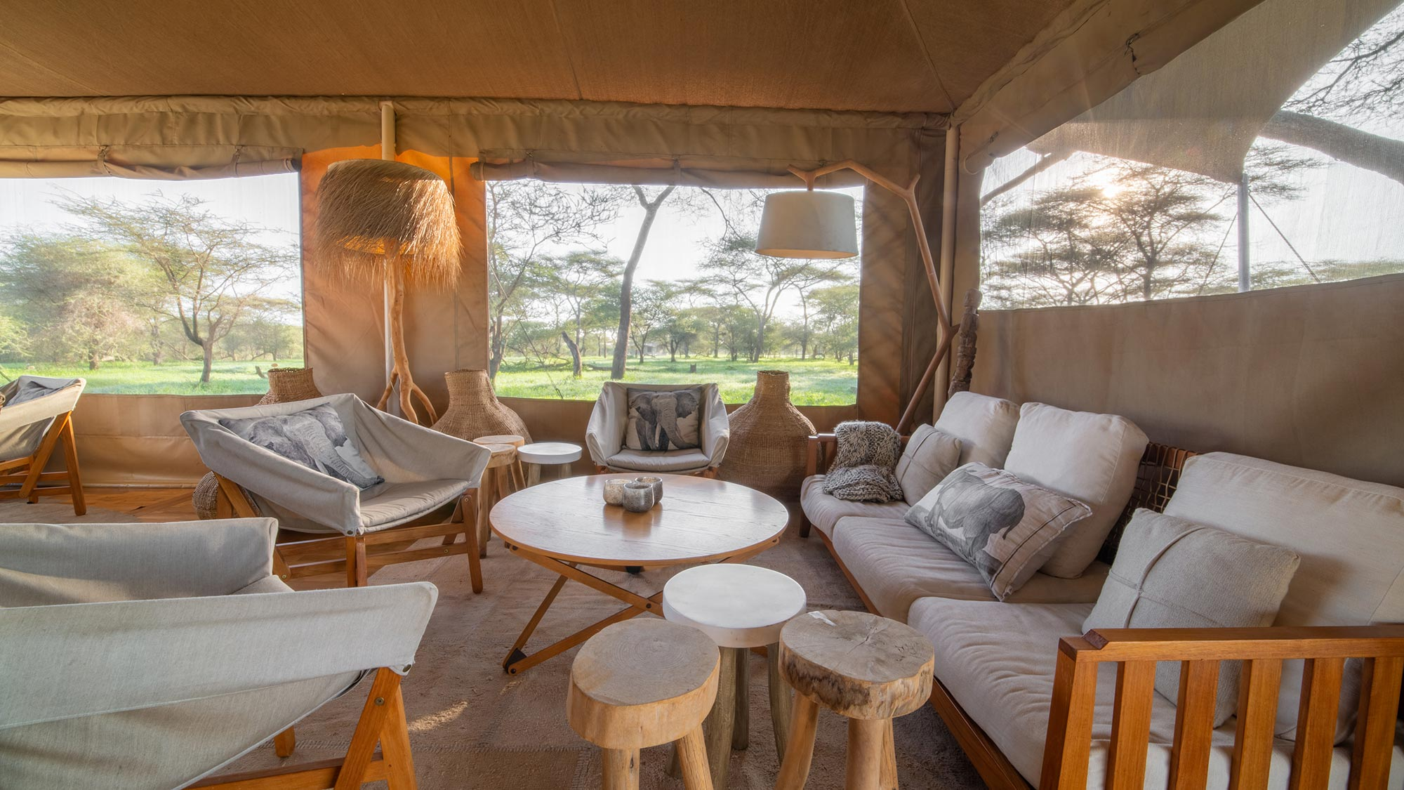 Roving Bushtops luxury safari