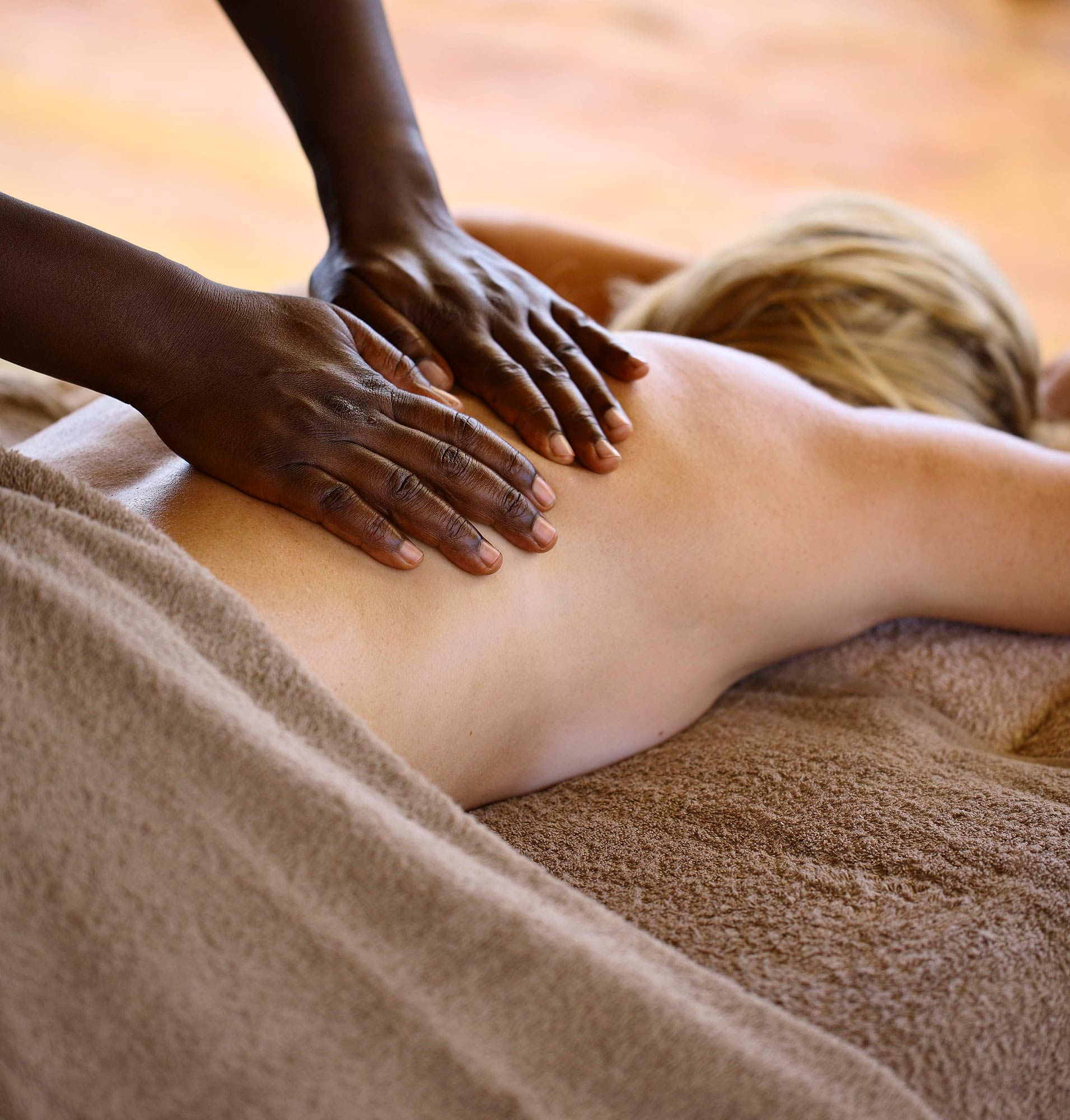 Complimentary massage at Roving Bushtops